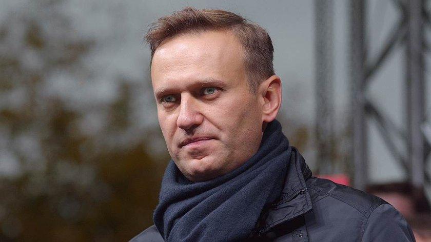 """Навални се връща в Москва с """"Победа"""""""