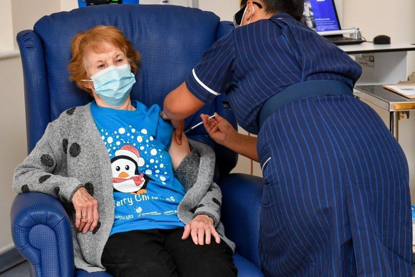 Във Великобритания ваксинират по 140 души в минута