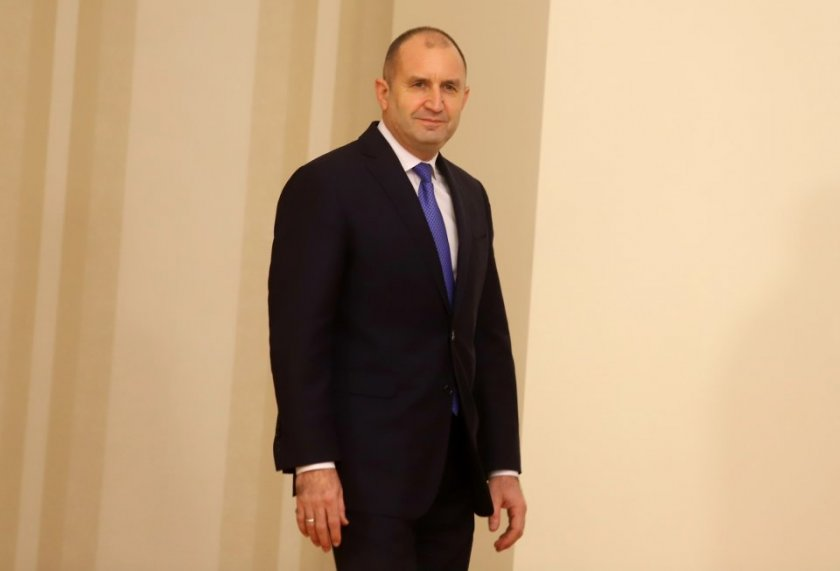 Има ли политическо бъдеще Румен Радев?