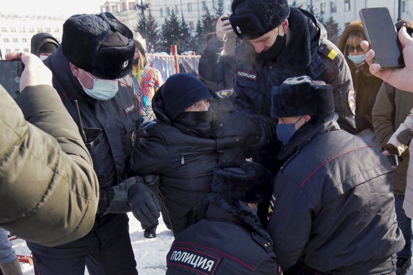 1800 арестувани от бунтовете в подкрепа на Навални