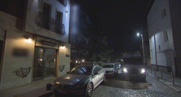 Разтуриха незаконни партита в София