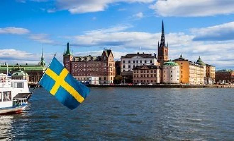 Шведите без право да купуват алкохол след 20 ч.
