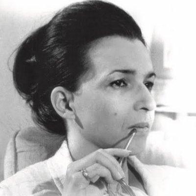 Людмила Живкова левитира след молитва