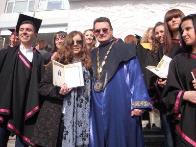 """ЮЗУ """"Неофит Рилски"""" приема 1800 студенти"""
