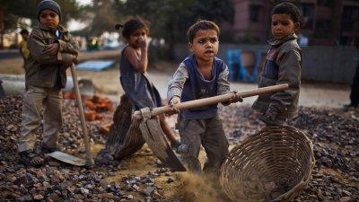 152 млн. деца работят, вместо да ходят на училище