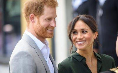 Принц Хари любил манекенка под носа на Меган