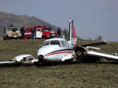 Само петима инспектори следят пилотите