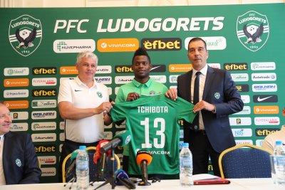 Лудогорец представи двама нови за 2 млн. евро