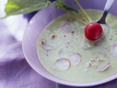 Сметанова супа с репички (и листенцата от репички)