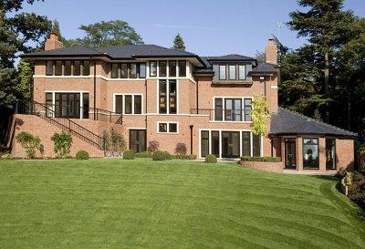Кристиано Роналдо продава на безценица имението си в Англия