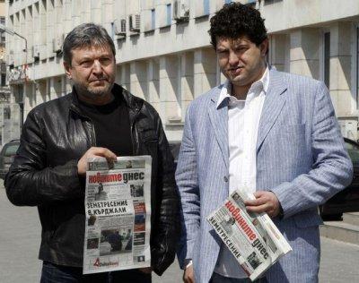 Петьо П. Блъсков: Средният пръст на Валери Симеонов е фейк на Мая