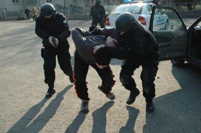 Задържаха под стража бургазлия, издирван от полицията в Германия