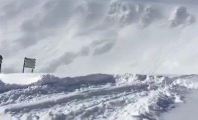 Лавина се срина върху Седемте рилски езера