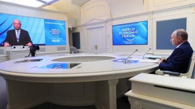 Путин: Големите социални мрежи вече се конкурират с правителствата