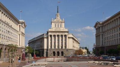 Правната комисия прие да има прокурор, който да разследва главния прокурор
