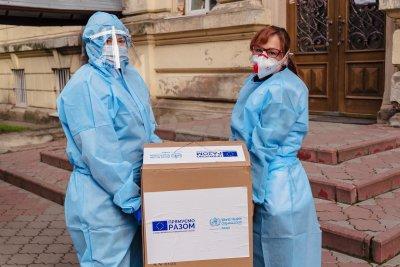 """Украйна забрани използване на ваксини от """"агресора"""" Русия"""