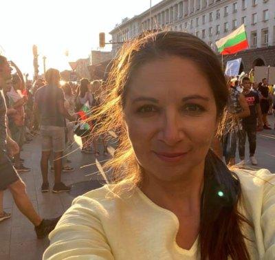 Дарина Сарелска: Бащата на детето се казва Снежан. Всичко свърши