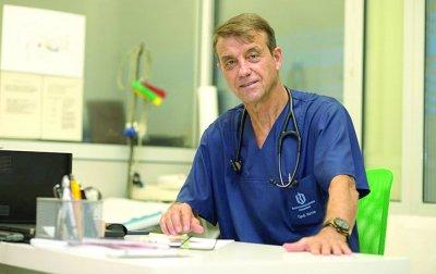 Пулмологът проф. Коста Костов