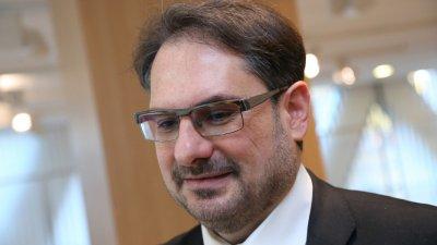 Даниел Смилов, политолог