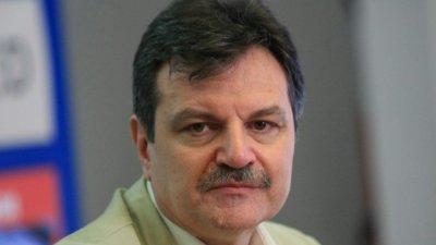 Докторе, защо?: И д-р Симидчиев пое към политиката