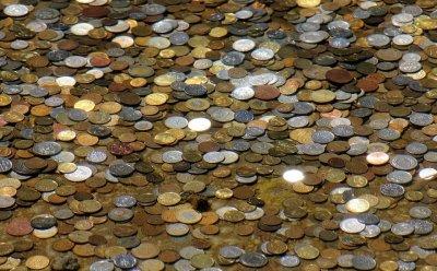 Кмет плати годишна винетка с жълти стотинки