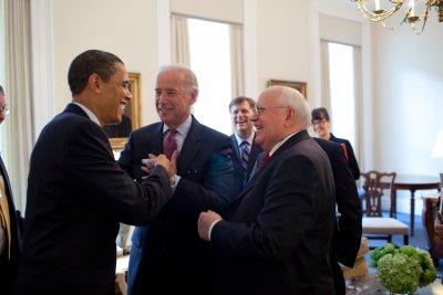 Байдън към Горбачов: Happy birthday