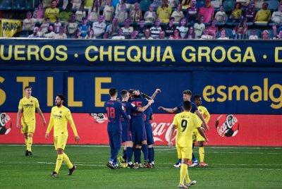 Атлетико потопи Жълтата подводница, загря с победа за дербито с Реал
