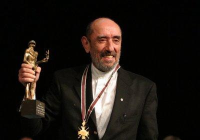 """Отбелязват рождения ден на Крикор Азарян с """"Нощта на покера"""""""