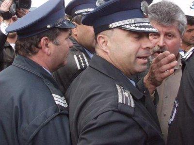 Рекорд! 20 000 полицаи пазят изборите