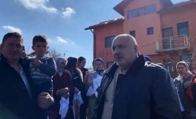 Бойко Борисов: Средната учителска заплата ще достигне 2500 лева