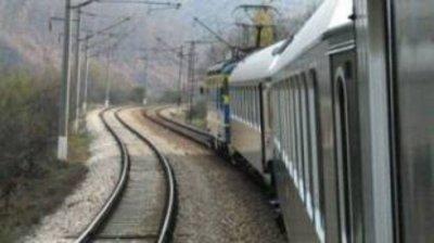 Прокуратурата разследва тежкия инцидент между влак и кола край Скутаре