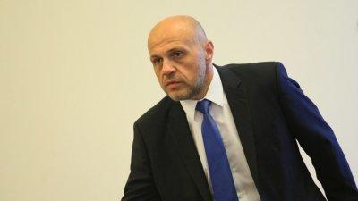 Томислав Дончев: Вече сме в плен на ниските разходи