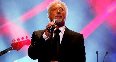Местят концерта на Tом Джоунс в Пловдив заради лошото време