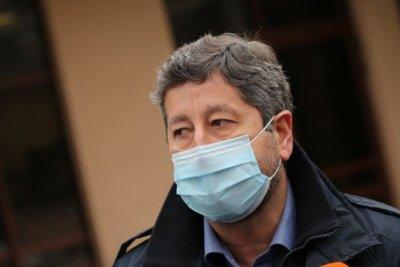 Христо Иванов: Не разговаряме за министерски пейки и маси