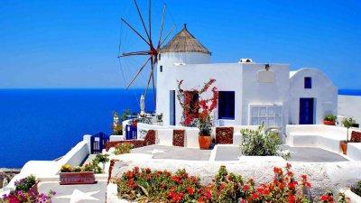 Гърция разхлабва мерките, чака туристи