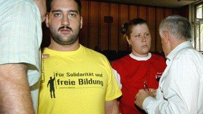 Няма и следа от избягалия сръбски мафиот