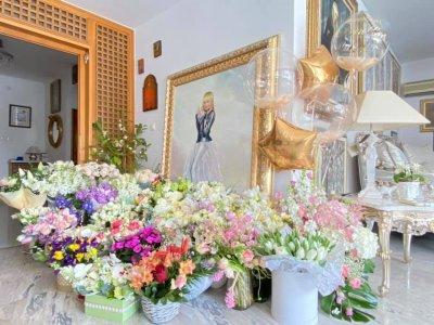 Бойко Борисов и Румен Радев изненадаха Лили Иванова на рождения й ден