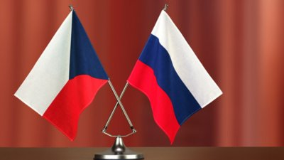 Русия гони още чешки дипломати, ако шпионският скандал с Чехия ескалира