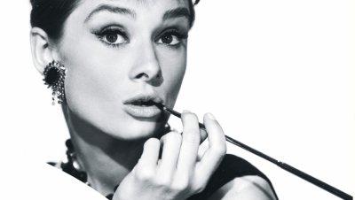 Одри Хепбърн - красавицата, която ще помним винаги