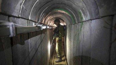 "Израел удря тунели на ""Хамас"""