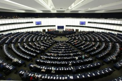 Евродепутати искат законова защита за журналисти