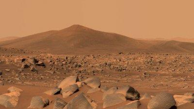 Марсоходът Perseverance откри загадъчни образувания в кратера Jezero