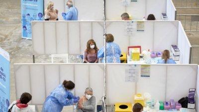 На конвейер: Рекордни 611 000 ваксинации срещу Covid-19 в Испания за ден