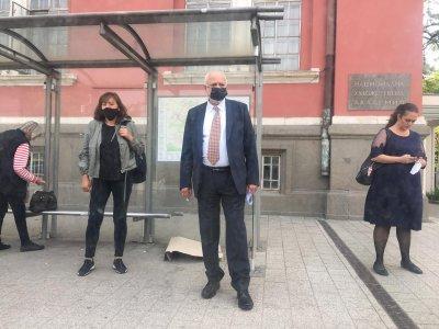 Новият културен министър се прибра от ведомството с тролей