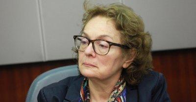 """Проф. Коларова: Кабинетът """"Янев"""" е бойна група"""