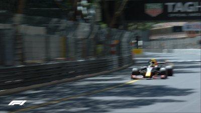Серхио Перес най-бърз в първата тренировка в Монако