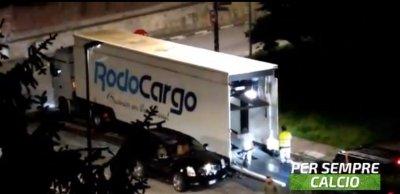 CR7 започна да се изнася от Торино, стартира с колите