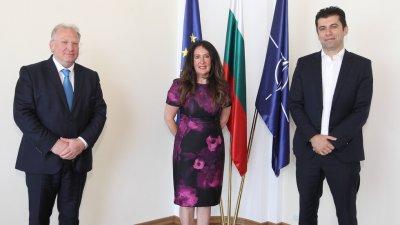 Министърът на икономиката на среща с Херо Мустафа