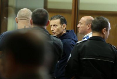 Братът на адвоката на Миню Стайков издирван за тежко престъпление