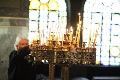 Православната църква почита Св. апостоли Вартоломей и Варнава